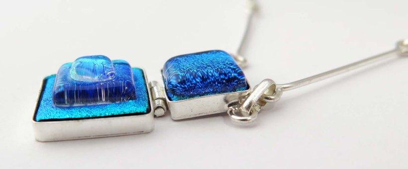 Fair Trade Shop kollektion v14 halsband Fyrkant silver hänge