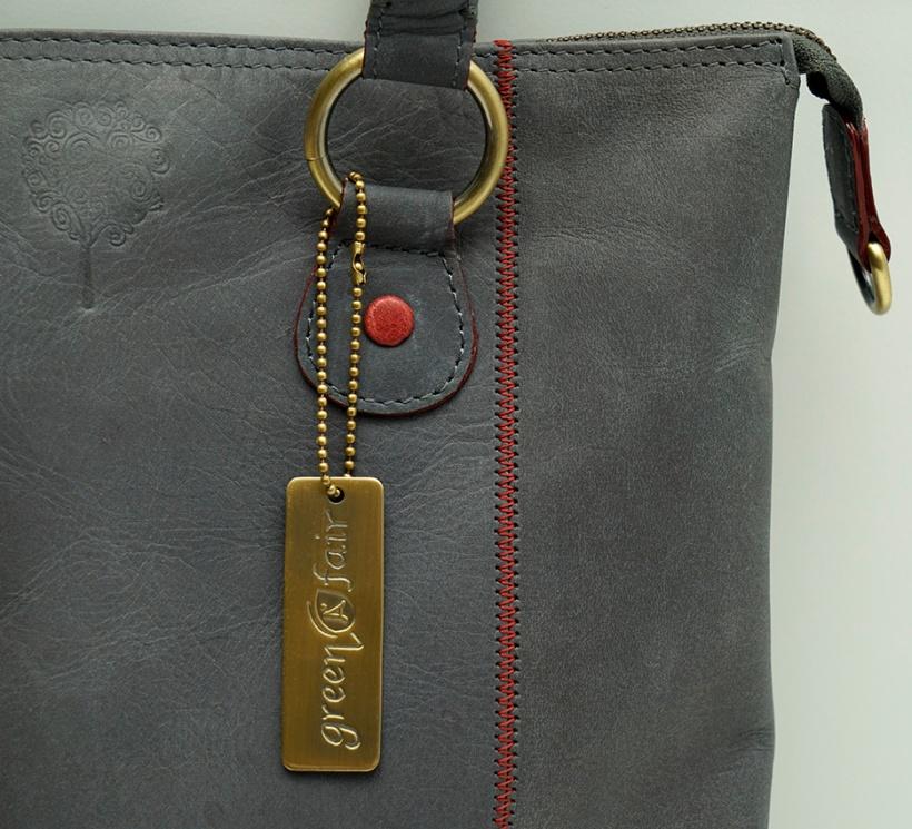 Shoppingväska ekoläder grå-röd 1