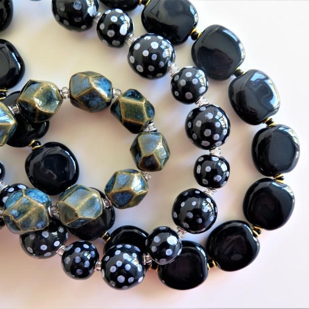Kazuri halsband blå toner